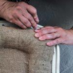 Virginie Décoration restaure un fauteuil en Loire Haute Loire